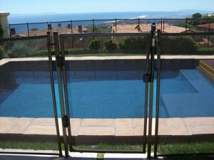 Pool Fence Supplier